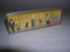 Preiser H0 1:87 Reisende Passanten in winterlicher Bekleidung um 1900 Art. 0184
