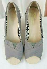 Tom's Grey wedge espadrille heels womens shoes SZ 7
