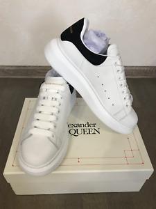 Alexander McQueen Sneakers EUR 44 / US 11