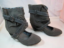 """Womens Centro Gray Suede Spring Boots Size 5 1/2M - 6M Or 36 Euro 2 1/2"""" Heel"""