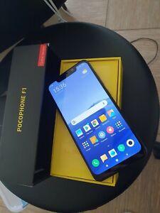 Xiaomi pocophone f1 smartphone raffreddato liquido con ben 6 giga di RAM