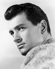 ROCK HUDSON 8X10 STUDIO PORTRAIT PHOTO 1950'S