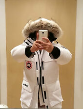 LIMITED RED LABEL HOLOGRAM TAG WHITE CANADA GOOSE EXPEDITION MEDIUM PARKA JACKET
