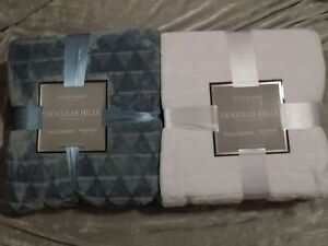 Luxury Velvet Blanket Full Queen 90x90 Soft Warm Solid Color White Blue NEW!