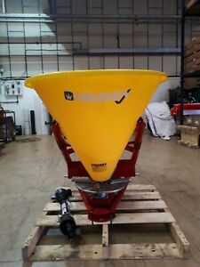 Tractor mounted Wessex FS-270 PTO fertilizer seed spreader