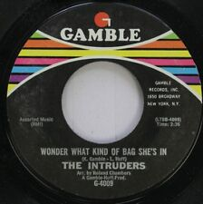 Soul 45 The Intruders - Wonder What Kind Of Bag She'S In / I'M Girl Scoutin' On