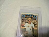 Roberto Clemente Card # 309 Topps 1972  Excellent
