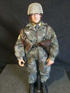 Dragon/21ST Century/1/6th scale WW 11 GERMAN FALLSHIRMJAGER (15)