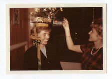 PHOTO ANCIENNE Fête de la Sainte Catherine Catherinettes Chapeau 1963 Femme