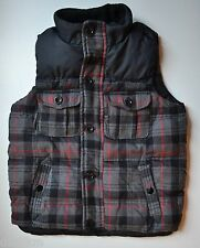 NWT GAP Boys Puffer Vest Size 5T in Black