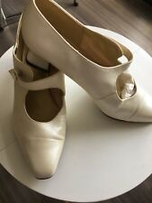 Vintage Clarks Images Shoes Ivory Mary Jane Style With Button Fastening 1980's?