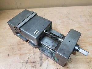 Maschinenschraubstock 160mm Backenbreite