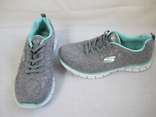 New  Womens  Skechers Glider-In the Zone Shoes Style 22723 Size 7 GrayMint  18E