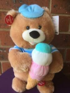 """CUDDLE BARN SCOOPS BEAR sings ''HOW SWEET IT IS TO BE LOVED BY YOU"""" Great Gift."""