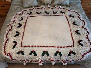 hand crochet holly afghan
