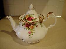 "ROYAL ALBERT ""OLD COUNTRY ROSES FTD LARGE TEA POT NWT."