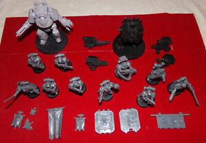 Lot de figurines space marines