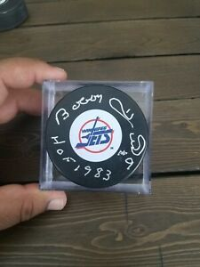Signed bobby hull Winnipeg jets puck