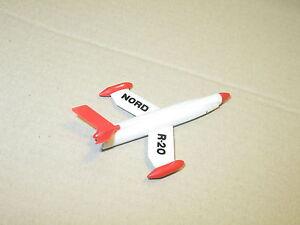 dinky toys, missile fusée pour berliet gazelle militaire NORD R 20