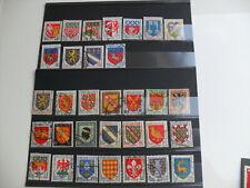FRANCE blasons lots de 32 timbres différents oblitérés