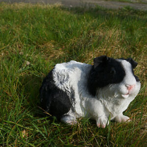 Meerschweinchen Figur schwarz weiß lebensgroß Figur Haustier Fan Geschenkidee