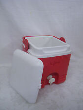 Vintage Igloo Products Co. Lunch Box
