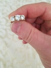 BEAUTIFUL WOMENS 14K GOLD RING WITH 2 CARATS OF CUBIC ZARCONIA STONES