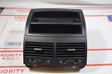 06-10 VW TOUAREG CENTER DASH VENTS STORAGE TRAY ASSEMBLY AIR VENTS 7l6857923 G5