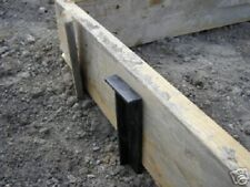"24"" Strong Stakes Masonry Concrete Sidewalk Concrete Forms - Box/25/Black"