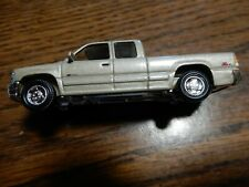 RACING CHAMPIONS 1999 CHEVY SILVERADO 1500 1:64 SCALE Z LOOSE