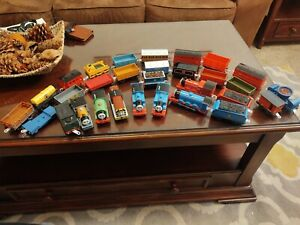 Huge Lot Thomas The Train  Trackmaster 8Engines And 20Cars Working Engines