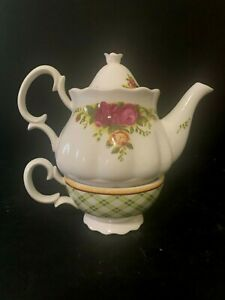 NEW IN THE BOX Old Country Roses Tea for One Set 3 PIECES