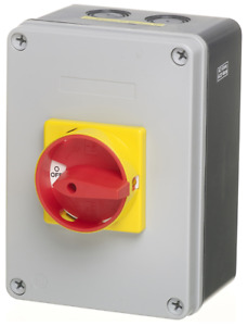 Europa 32A 4 Pole Enclosed Switch Disconnector / Rotary Isolator - LB324PBB