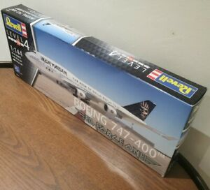 1:144 Revell 04950 Boeing 747-400 Iron Maiden 'Ed Force One' Model Kit - Unused