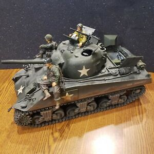 Forces of Valor 1/16 USA M4A3 Sherman D-Day Commemorative Series Diecast Tank