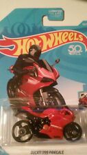 HOT WHEELS DUCATI 1199 PANIGALE HW MOTO (BRAND NEW)