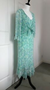 Robbie Bee Woman 2 Piece Dress Suit 100% Silk - Mother of the Bride - Size 14/16