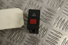Bouton interrupteur feu de detresse warning Audi A4 de 1995 à 1997 - 4D0941509C