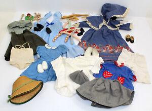 Konv. alt Puppe Kleidung f Porzellanpuppe Kleid Mütze Hut Hemdchen Klammer Bügel