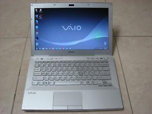White Sony VAYO laptop, model: PCG-41216L, VPCSB-1V9E
