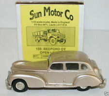 SUN MOTOR CO 103 - 1/43 SCALE RESIN / WHITE METAL 1950 HUMBER SUPER SNIPE - GOLD