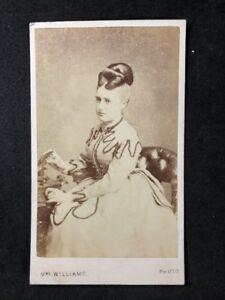 Victorian Carte De Visite CDV: Grand Lady: Williams: Wolverhampton