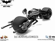 The DARK KNIGHT HOT-TOYS BAT-POD BATMAN 1:6 Scale  REPLICA NEW!! BATMOBILE