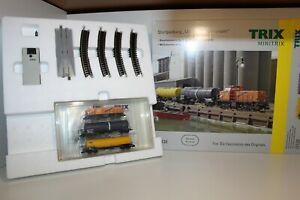 """Minitrix 11136 Start-Set """"Moderner Güterverkehr"""" Batterie D-Schnittstelle (M733)"""