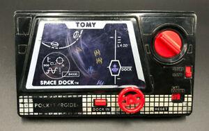 Vintage 1982 SPACE DOCK Tomy POCKET ARCADE Wind Up Game #7020 WORKS!