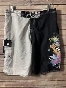 Men's Black And White Stripes Quicksilver Board Shorts Size 34 With Pocket