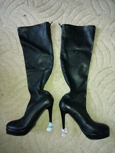 schwarze Latex kniehohe Stiefel High Heels Gr. 44 neu! Reißverschluss