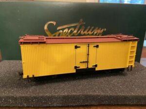 Bachmann Spectrum #27499 On30 Reefer - Panited & Unlettered - Sealed