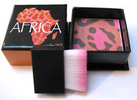 W7 Africa Multi Shade Bronzer / Blusher - Inc Brush Applicator - FREE UK POSTAGE