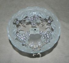 Studio Nova Crystal?Glass Pedestal Dish-Candy-Nuts-Frosted & Clear W/Grape Vine